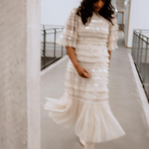 weddingplaner-schweiz_minimalistic-wedding-editorial-bride
