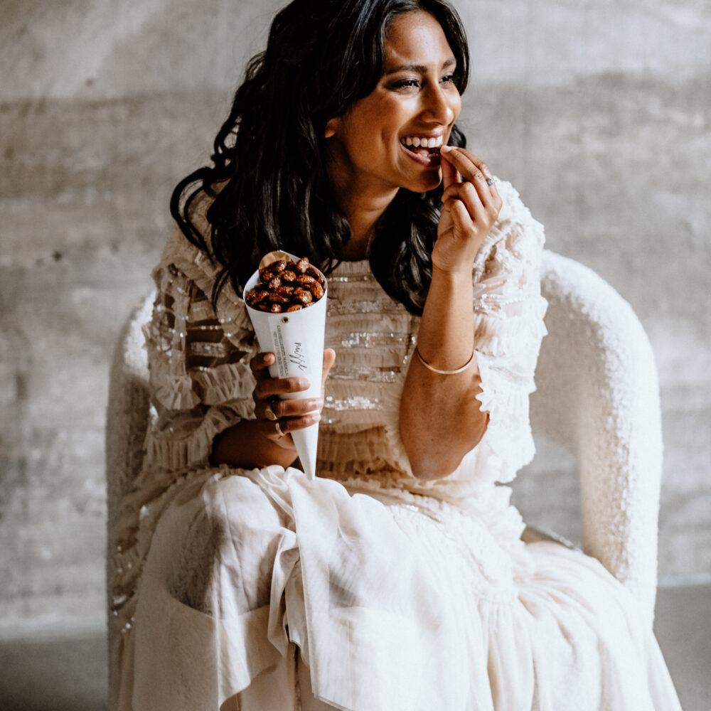 weddingplanner-schweiz_minimalistische-hochzeit-braut-sweets