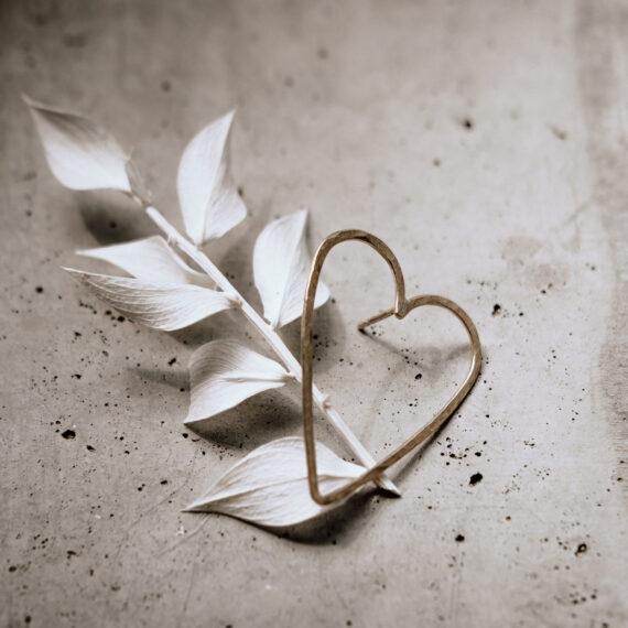 weddingplanner-schweiz_minimalistische-hochzeit-ohrringe