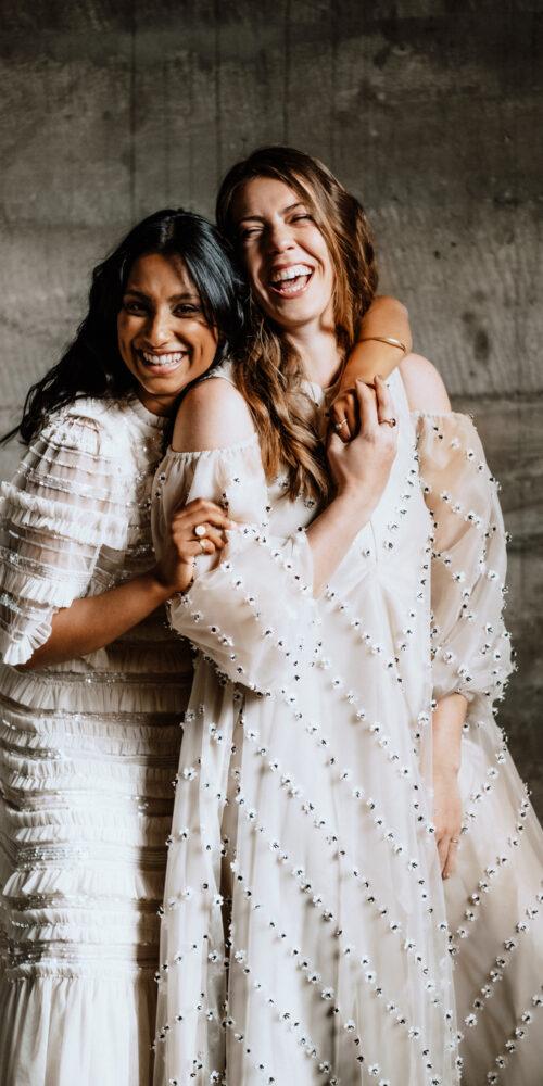 weddingplanner-switzerland_minimalistische-hochzeit-bride-friends